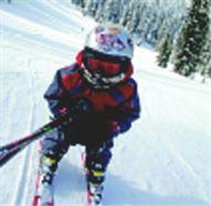 Kid skiing