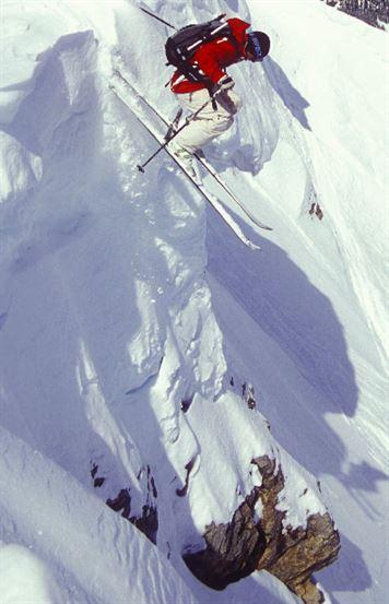 Sunshine skiier