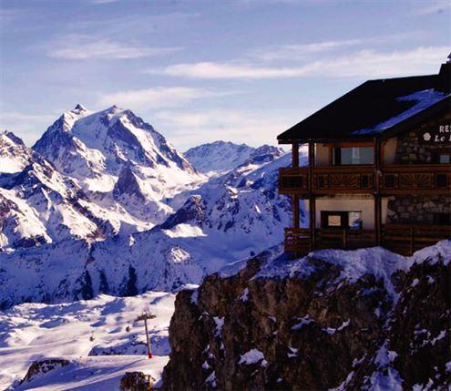 Three Lavish Ski Resorts In Frances Trois Vallées Ski
